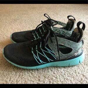 Nike Free Viritous Women's Size 6.5, Black / Blue